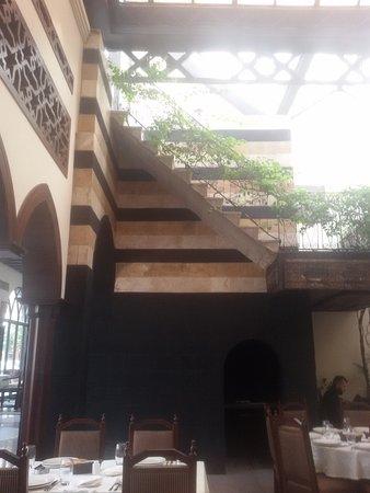 Naranj: A Great Staircase...