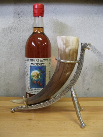 Hunters Moon Meadery Image