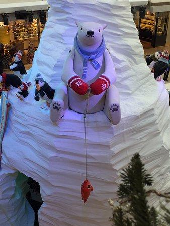 ifc mall polar resort xmas 2016 polar bear fishing