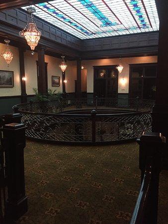 Geiser Grand Hotel: Atrium