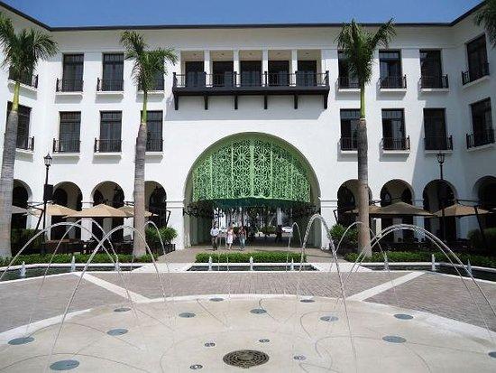 Plaza Lagos Ubicacion Km 6 5 Via Puntilla Samborondon