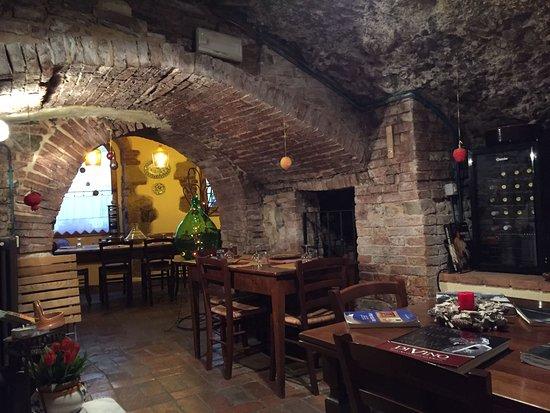 Valokuva: La Grotta di Tiburzi
