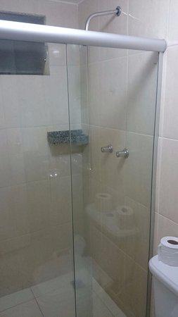 Nossa Senhora Da Gloria, SE: Bom banheiro, com boa regulagem de temperatura no chuveiro