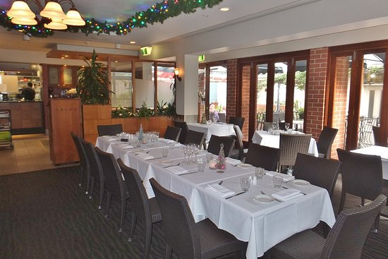 Brisbane International - Windsor: Va Bene is a convenient and laid-back  place to