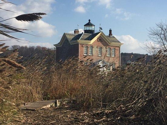 Saugerties Lighthouse: Approach