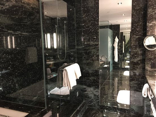 The Hazelton Hotel: the shower and the soaker tub