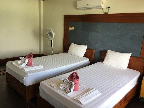 El Nido Beach Hotel : photo2.jpg