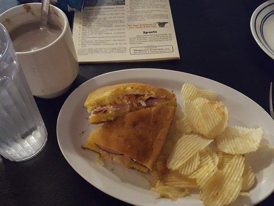 Jefferson, Teksas: Club & hot cocoa