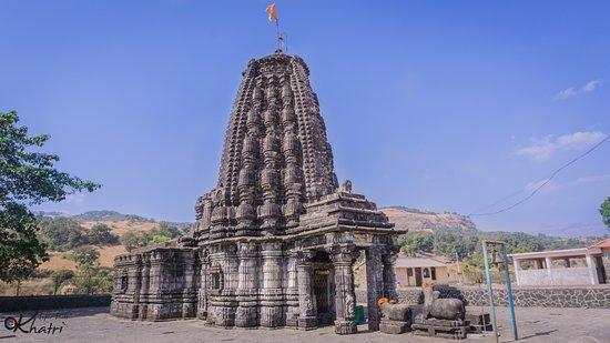 Amruteshwar Temple