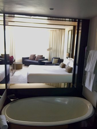 Crown Metropol Perth: Luxe King room - Crown Metropol