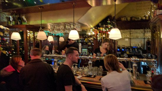 Belgisch Biercafe Boudewijn: IMG_20161217_222400_large.jpg