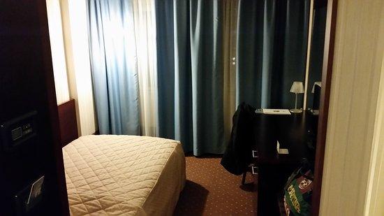 Hotel Osijek: 20161123_193713_large.jpg