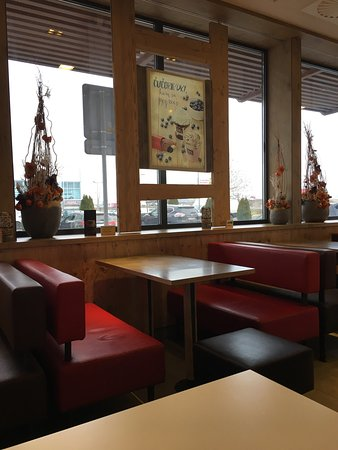 Photo of Fast Food Restaurant McDonald's at Nová Ulica 4, Trnava 917 01, Slovakia