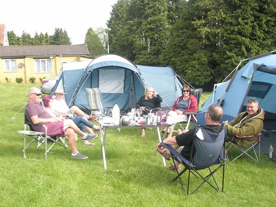 Giants Head Caravan & Camping Park