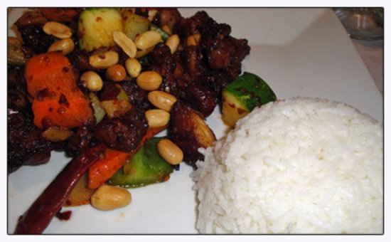 Asian Bistro: Kung Pao chicken that was surprisingly flavorful and delicious