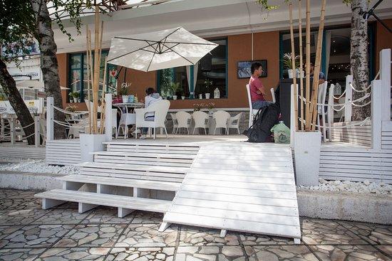 Hotel Rahovets: Rahovets terrace