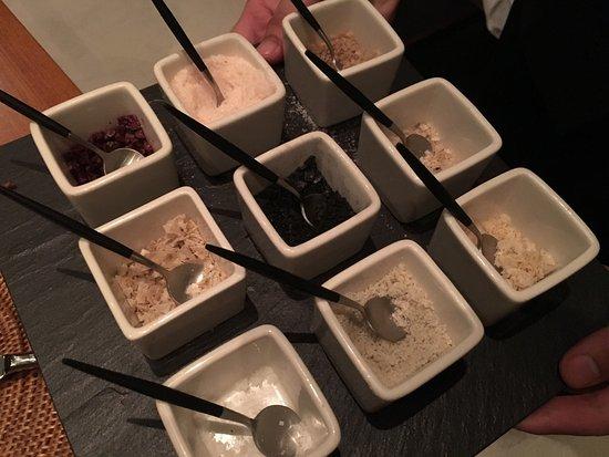 The Lalu Sun Moon Lake: 餐廳牛排值得推薦,粗鹽也有九種選擇