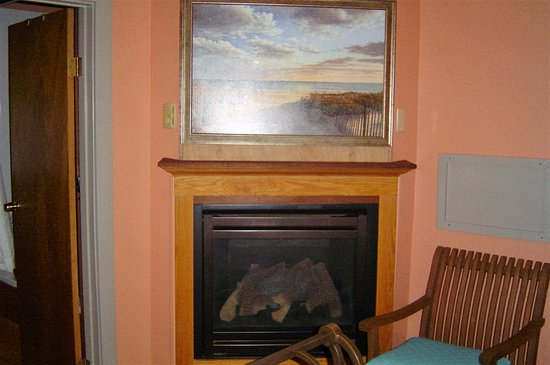 Woodstock, Nueva Hampshire: The bungalow gas fire place
