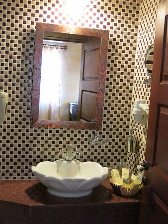 Royal Stone Houses: Ванная комната
