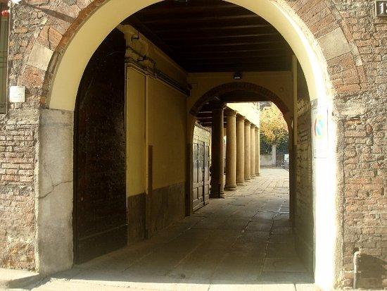 Palazzo Radice Fossati