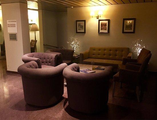 Hotel Leopold Brussels: Auf jeden Fall weiter zu empfehlen das Hotel, sehr nette Leute und Zimmer war sauber, Frühstück