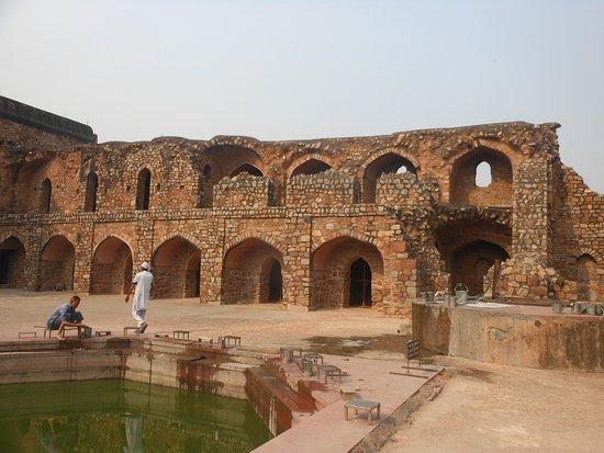 Khairul Manzil Masjid