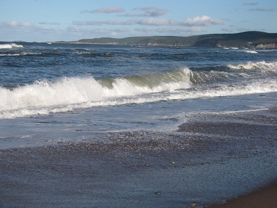 Dingwall, Canada: Beach view looking east