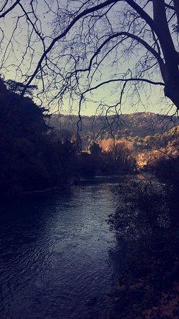 Provence-Alpes-Cote d'Azur, France: Fontaine de Vaucluse