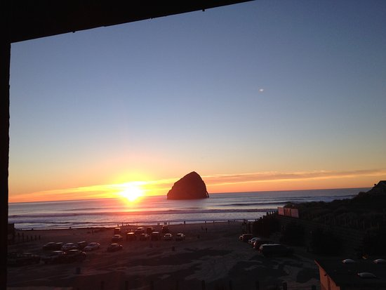 Inn At Cape Kiwanda: photo2.jpg