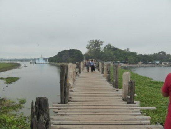 U Bein Bridge: Vista del ponte