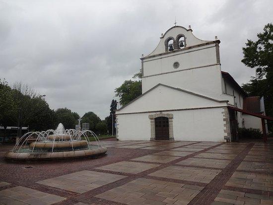 Eglise Saint-Leon.