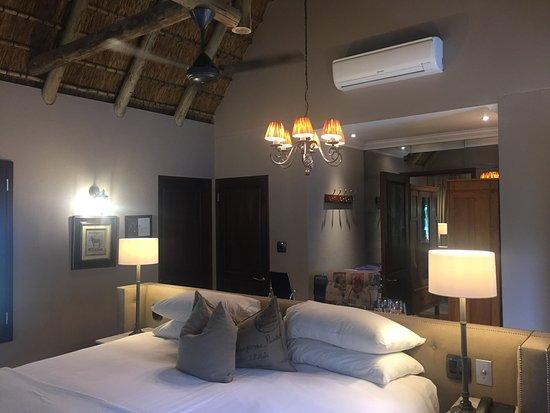andBeyond Ngala Safari Lodge: Actual pics.. zit really is this great!