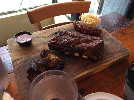Georgia's Eastside BBQ : photo2.jpg