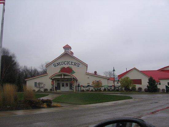 Orrville, OH: Front entrance