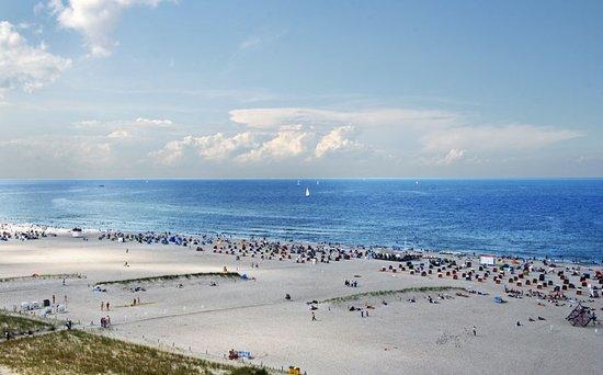 M ndung der warnow in die ostsee bild von strand for Hotels in warnemunde mit meerblick