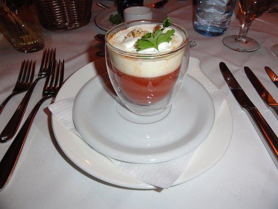 Hotel Dachstein: Tomatensuppe