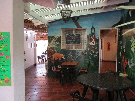 Joli Espace Pour Manger Entre La Salle Des Petits Déjeuners