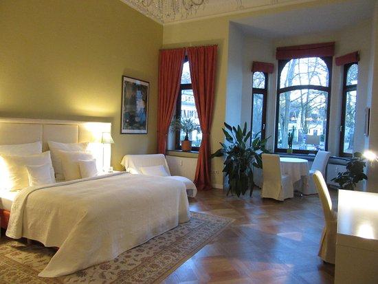 pension am b rgerpark bremen duitsland foto 39 s en reviews tripadvisor. Black Bedroom Furniture Sets. Home Design Ideas