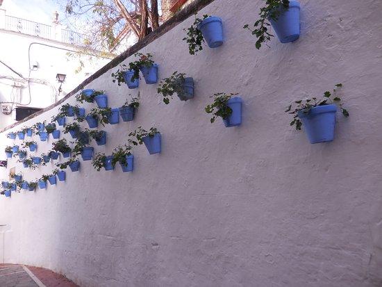 La Villa Marbella: Walking through Old Town