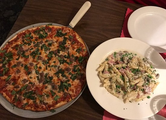 New Berlin, WI: Pizza and Pasta