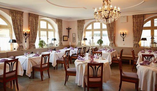 Neufarn, Allemagne : Restaurant/ Gutsgasthof