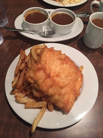 Mr chips fish n 39 seafood napanee restaurant reviews for Mr fish seafood restaurant