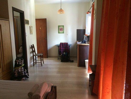 Calma Apartments & Studios