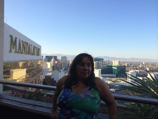 Roof top bar location. - Picture of Mandalay Bay Resort ...
