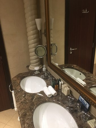 Hilton Beirut Habtoor Grand: photo9.jpg