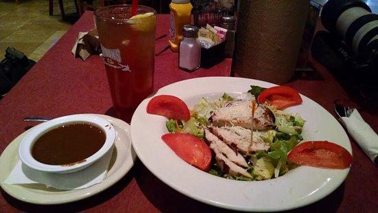 Litchfield Park, AZ: Gluten-free salad and dressing.