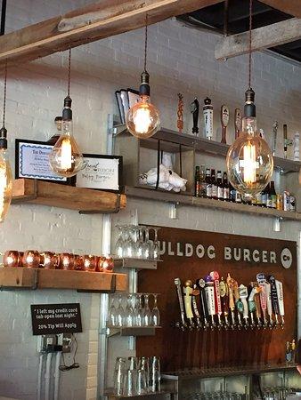 Bulldog Burger Company: Bar