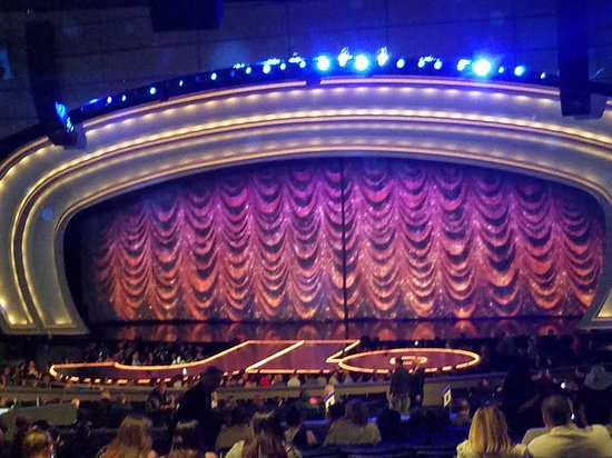 19 Elegant Axis Planet Hollywood Seating View