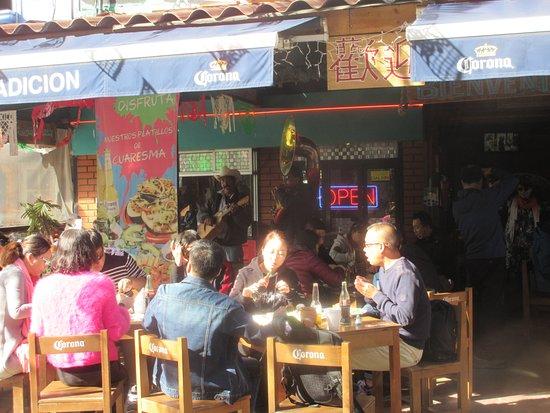 Amigos del Artes: A couple nice restaurants in the area