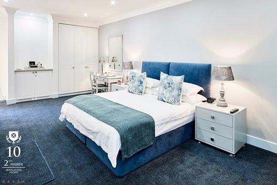 10 2nd Avenue Houghton Estate: Luxury Room